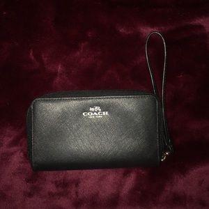 Coach wallet w strap